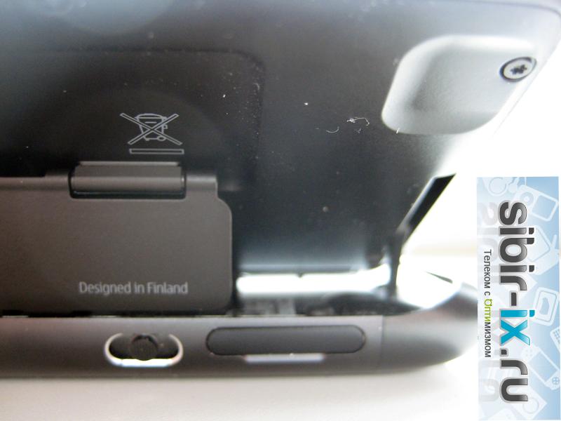 Nokia E7 мехзнизм клавиатуры сзади